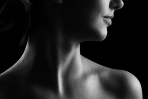Πόνος στο λαιμό – Τι κρύβει και τι μπορώ να κάνω; (του Δρ. Ιωάννη Μουμουλίδη)