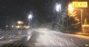 Νυχτερινή διαδρομή με έντονη χιονόπτωση από το χιονοδρομικό Βίγλας Πισοδερίου προς Φλώρινα (ΒΙΝΤΕΟ)