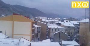 Τα πρώτα χιόνια στην πόλη της Φλώρινας (ΒΙΝΤΕΟ)