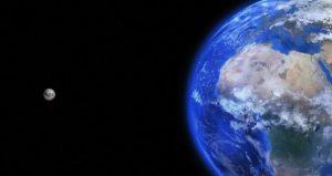"""""""Κι όμως η γη γυρίζει…"""" (του Θανάση Γερμανίδη)"""